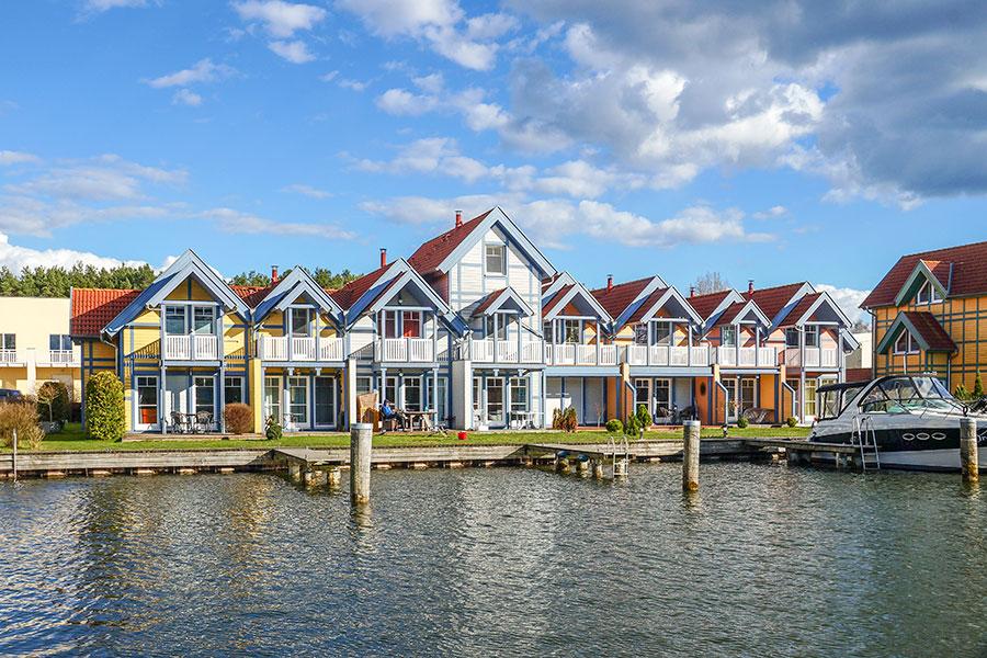 Häusergruppe C Hafenpromenade 01