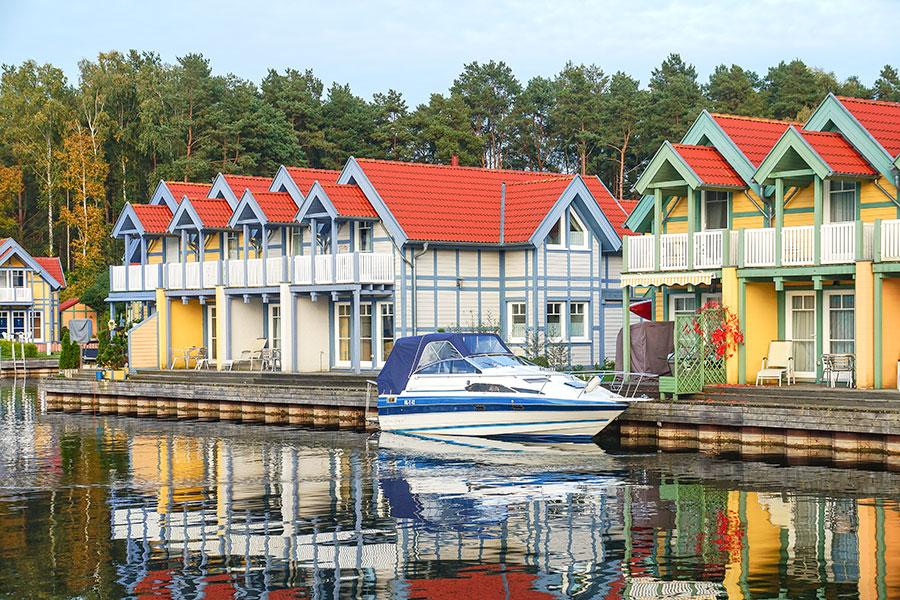 Häusergruppe R-Insel, links die Häuser R21 bis R24