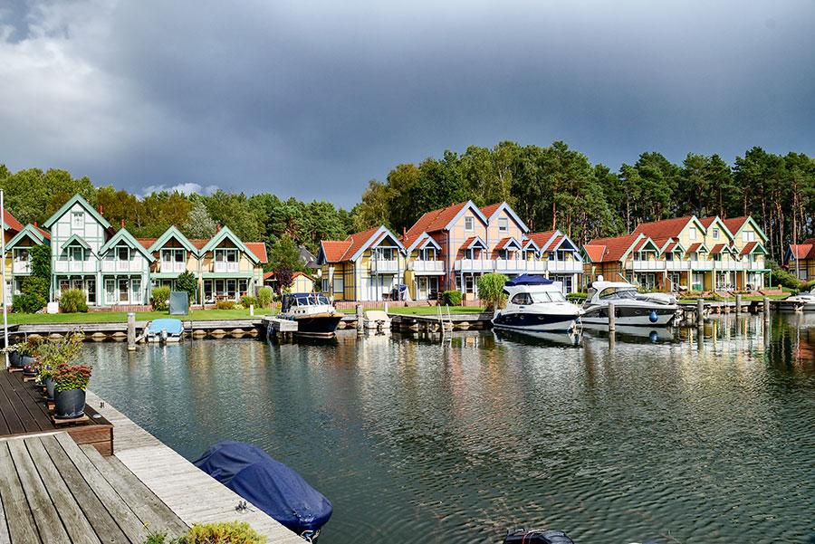 Häusergruppe H-J Uferstrasse