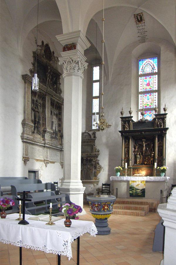 St. Laurentius Kirche in Rheinsberg von innen